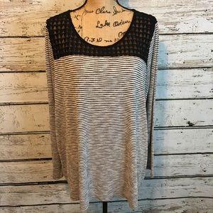 Lane Bryant Black & White Sweater size 22/24